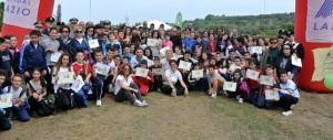 foto di gruppo dopo la consegna dell'attestato di partecipazione