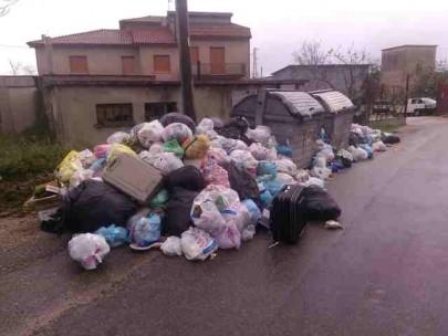 curva aracri rifiuti