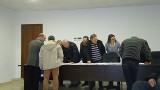 CINQUEFRONDI - I tecnici cinquefrondesi mentre visionano il documento strategico di base