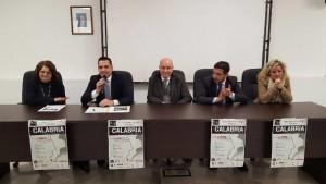 CINQUEFRONDI - Un momento della conferenza stampa